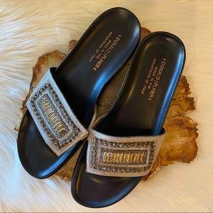 DONALD J. PLINER Sandals 9 Narrow
